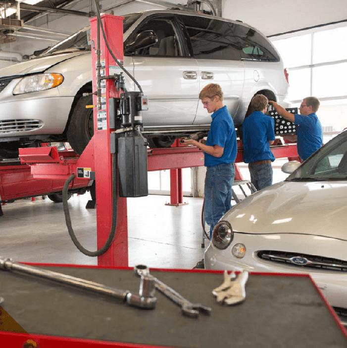 students in auto service lab